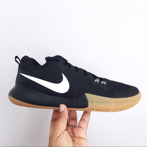 911d466c0721 Nike Zoom Live II Black Reflective Silver Mens